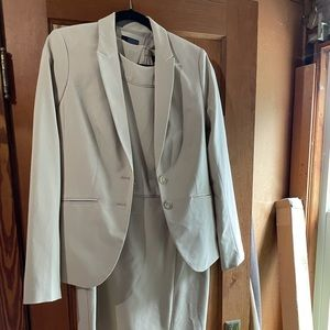 The Limited Dress Suit 8 TALL
